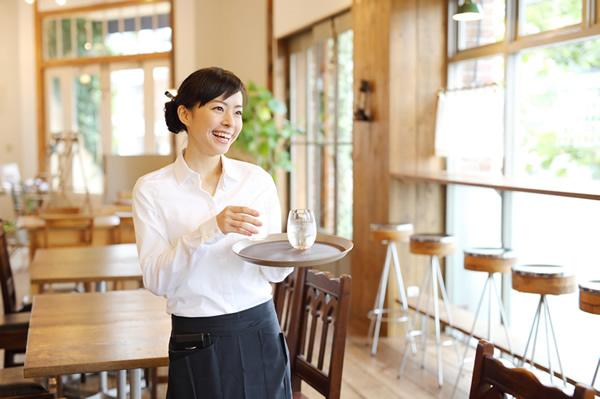 女性や飲食店の従業員管理体制